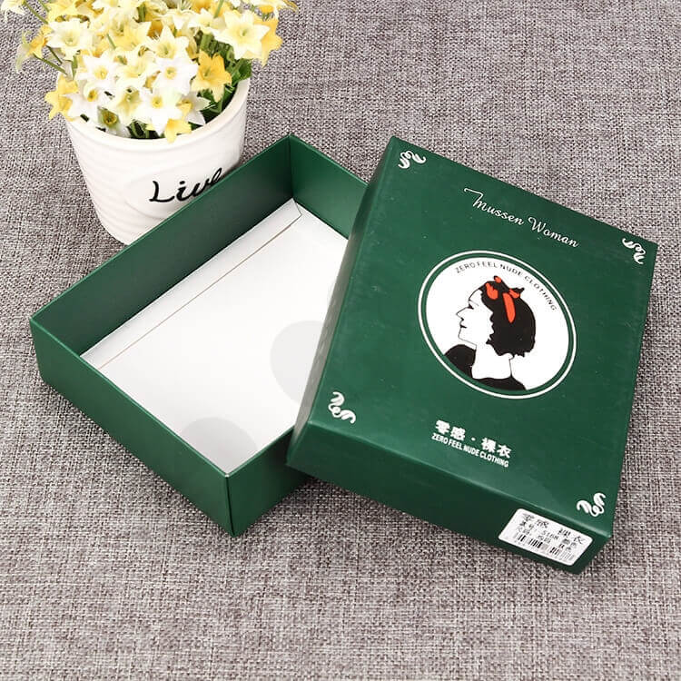 Custom Cardboard Packing Box For Woman Clothing side view one