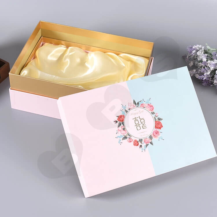 Custom Gift Box With Silk Insert For Wedding Candy side view five