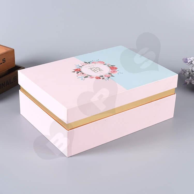 Custom Gift Box With Silk Insert For Wedding Candy side view three