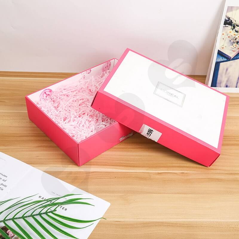 Fashion Pink Cardboard Box For Cosmetic Set side view one