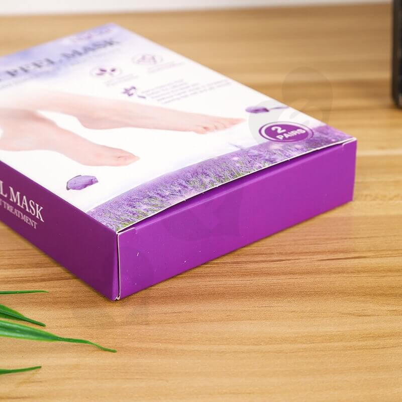 Foot Peel Mask Cardboard Box With Hanger side view five