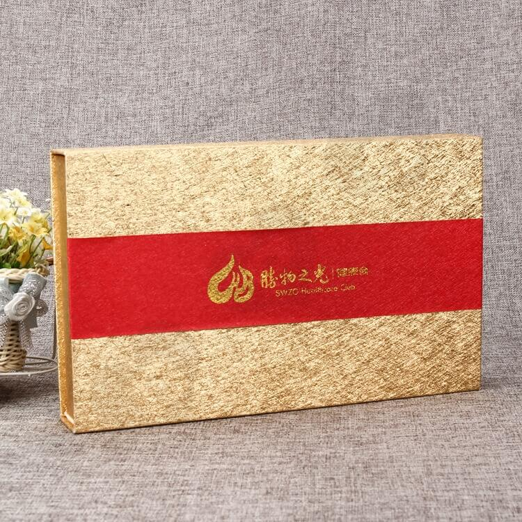 Luxury Cardboard Magnetic Closure Gift Box For Food side view one