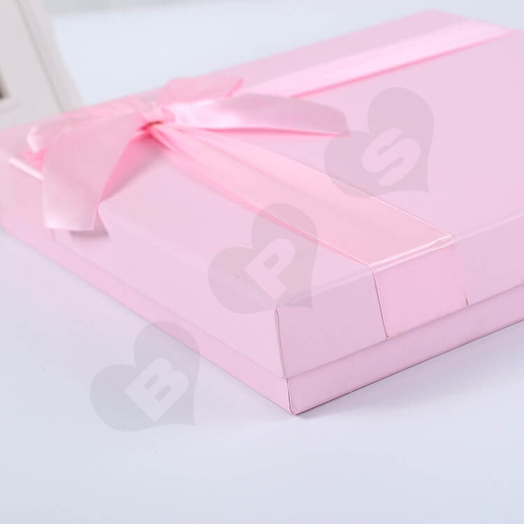 Luxury Pink Rigid Box For Chocolate side view two