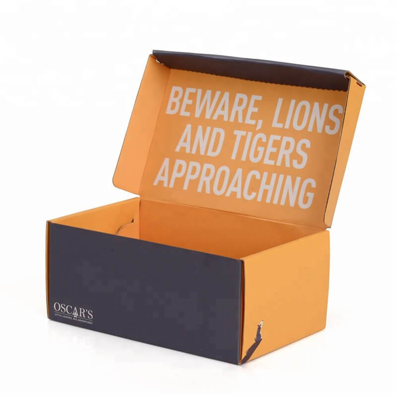 Outdoor shoe packaging box