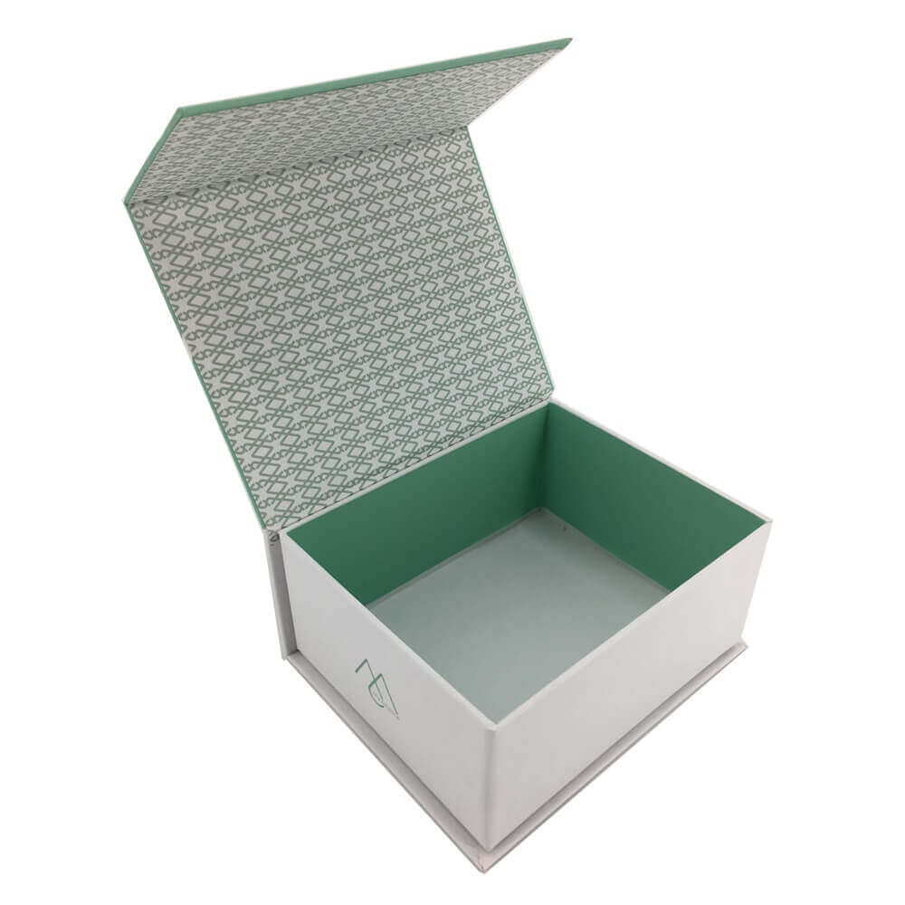 Rigid Box With Magnetic Lid sideview three