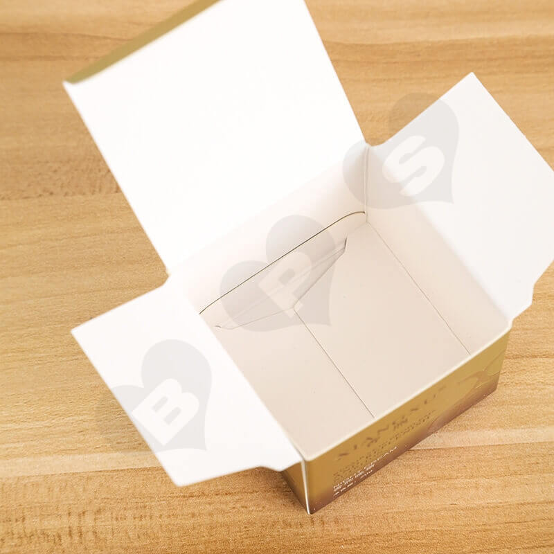 Small Cardboard Retail Box For Skin Repair Cream side view three