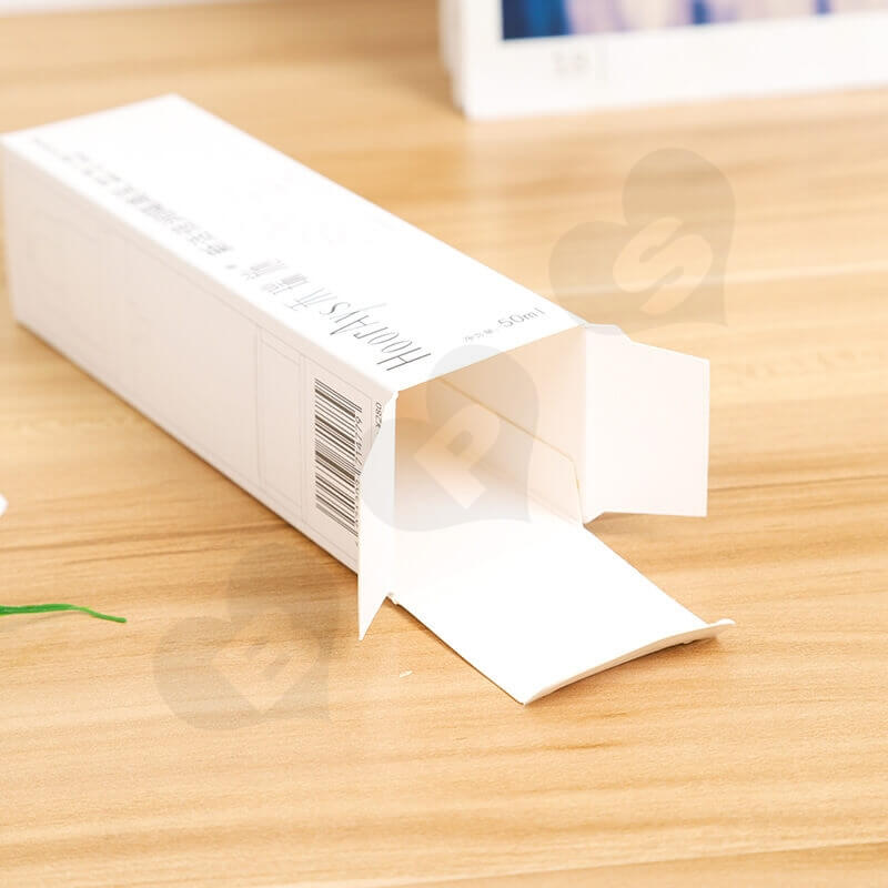 White Cardboard Packaging Box For Isolation Lotion side view three