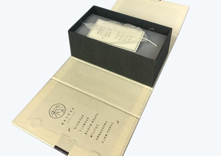 Bespoke Cardboard Box For Perfume Bottle