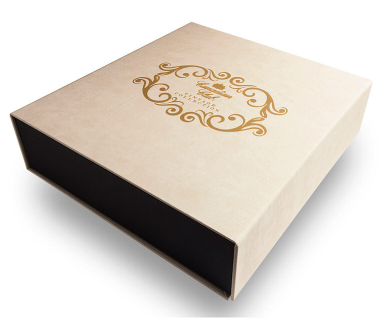Magnet Closure Packaging Boxes