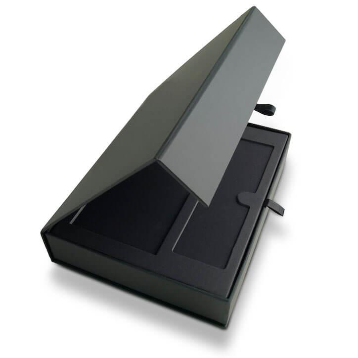 Rigid Box With Ribbon Closure