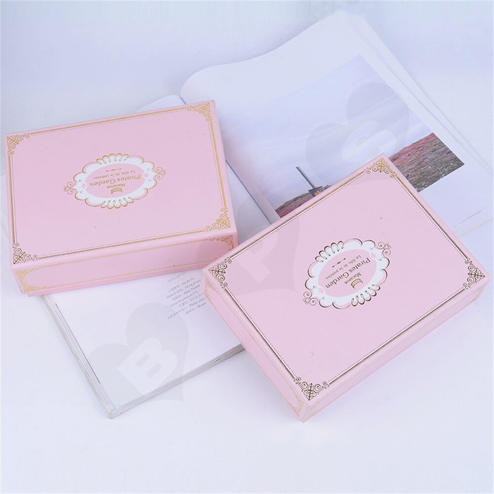 Pink Color Telescopic Gift Box For Sixteen Pieces Macaron Side View Four