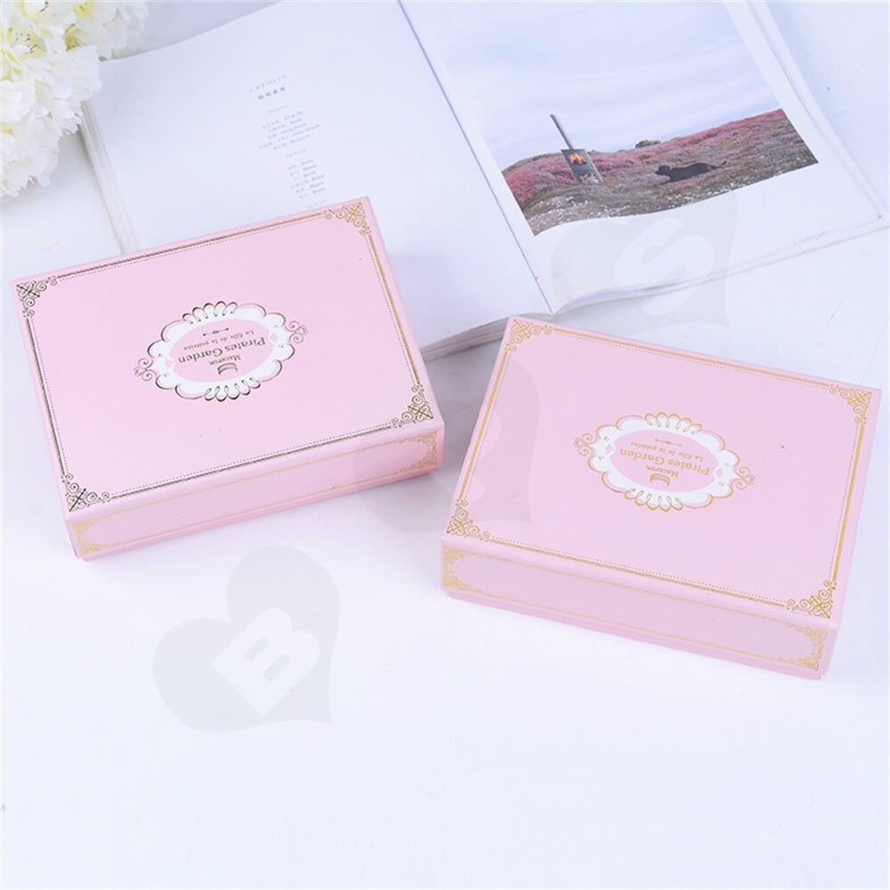 Pink Color Telescopic Gift Box For Sixteen Pieces Macaron Side View Three