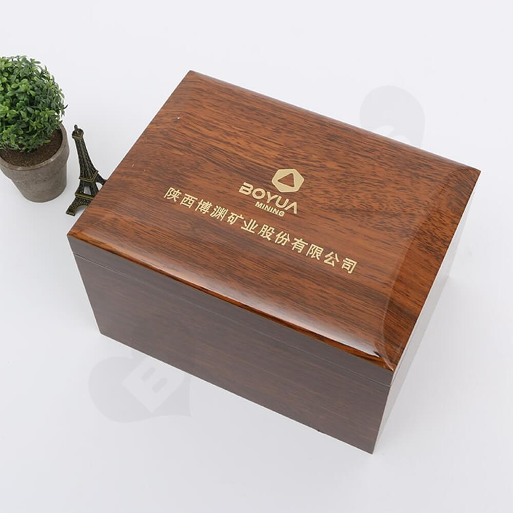 Logo Foil Stamping Wooden Watch Box Side View Three